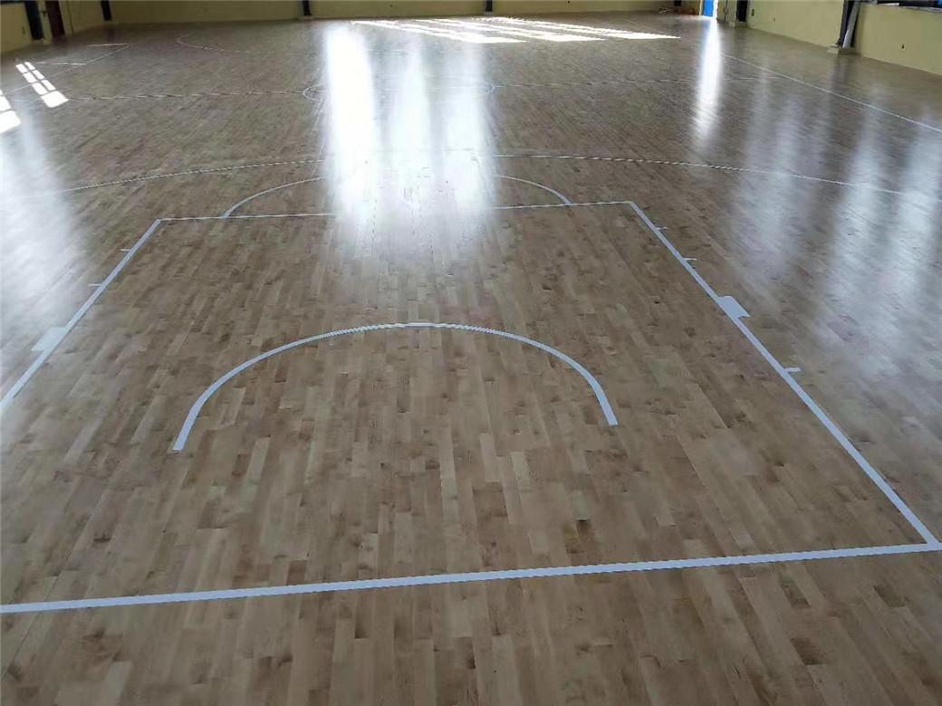 威海实木体育地板安装