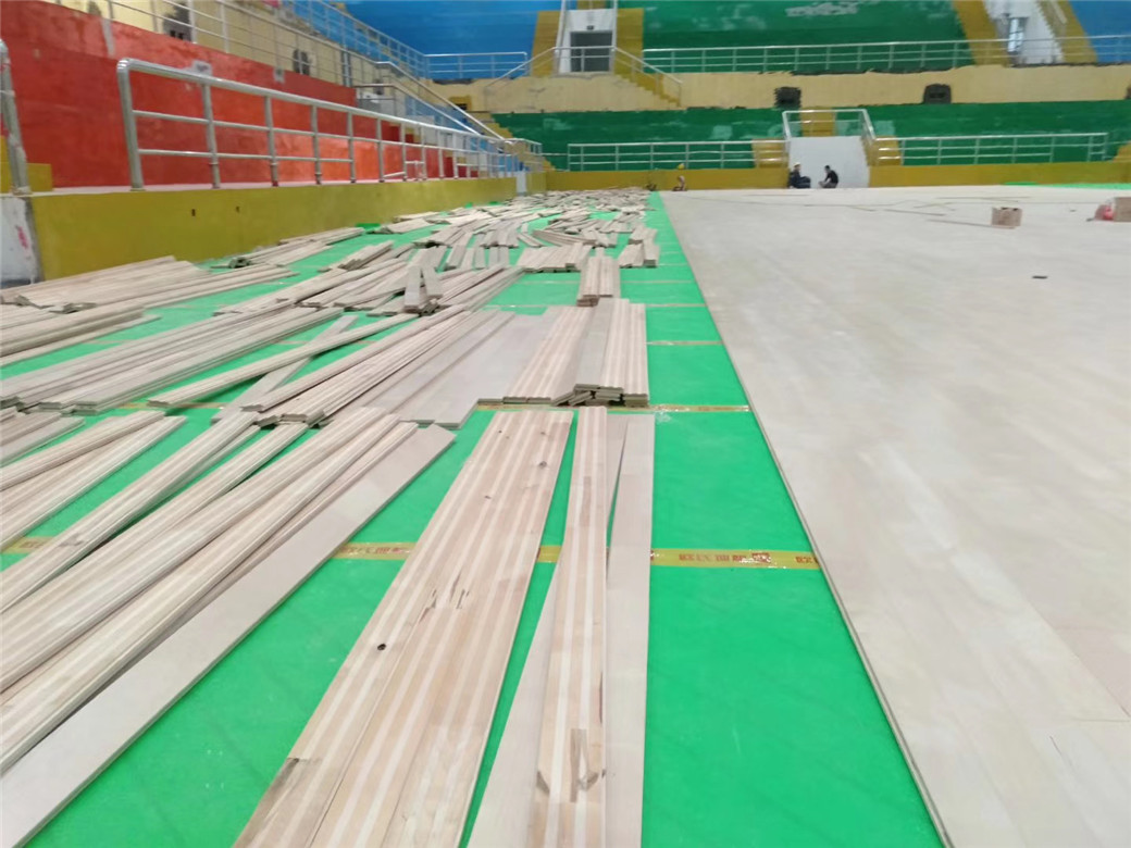 威海实木体育地板施工