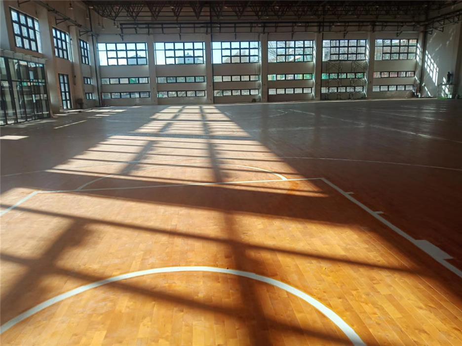 日照实木体育地板电话
