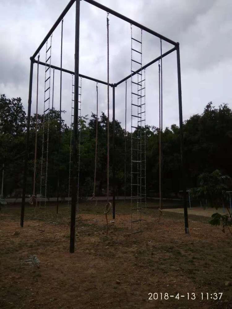 深圳专业生产攀爬架爬绳爬杆生产商