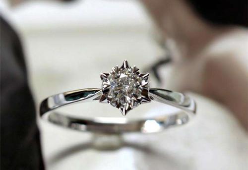 新乡周大生钻石回收店