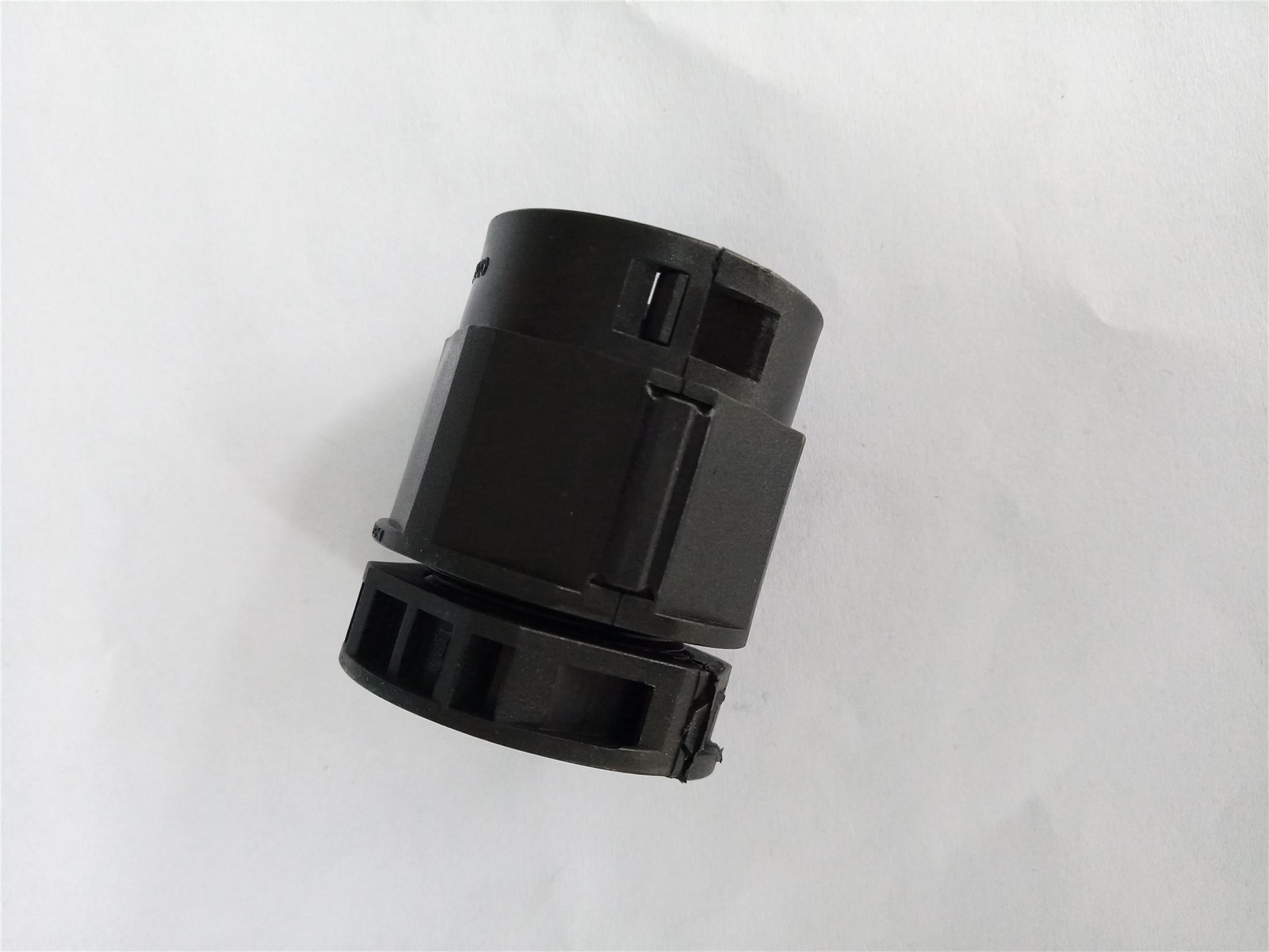 上海尼龙快插塑料波纹管接头规格