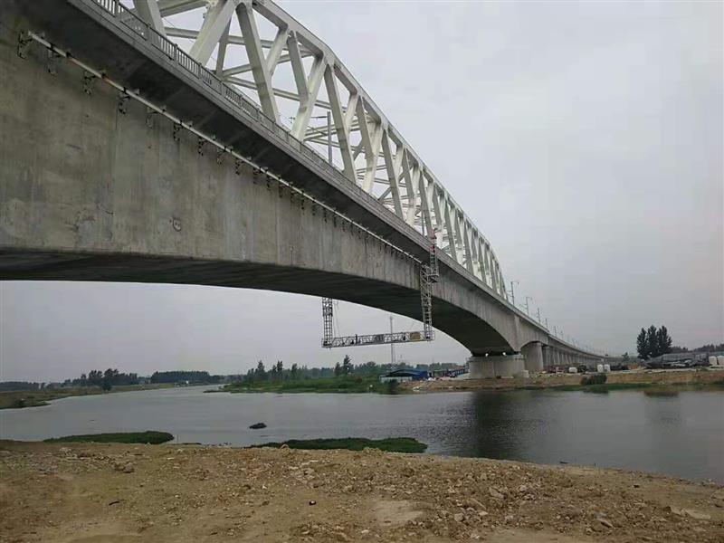 桥梁吊篮钢架设计图
