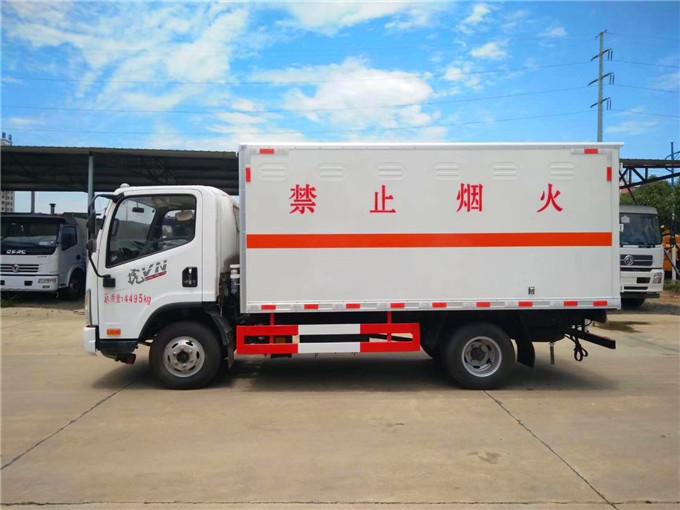 3米蓝牌气坛子运输车气瓶运输车费用