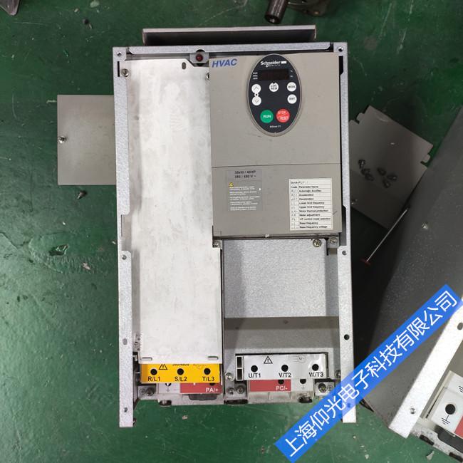 施耐德變頻器維修故障ATV71HC31N4過載 顯示報警修理