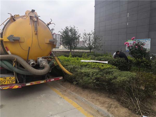 高新区清理化粪池电话 清理化粪池管道疏通 专业服务