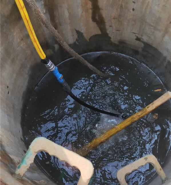 郑州市专业蛙人潜水打闭水墙
