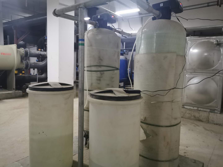 平顺全自动软水器 软化水设备价格 使用寿命长