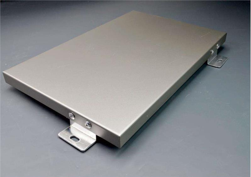白色铝单板