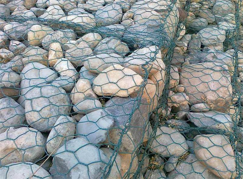 南宁镀锌钢丝石笼网