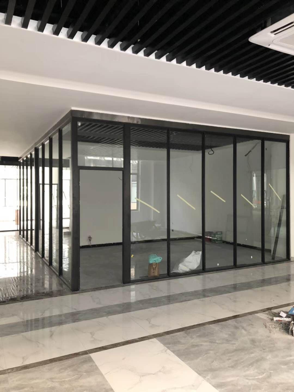 东营玻璃隔断施工 双玻百叶隔断 专注玻璃隔间_质量至上_客户满意
