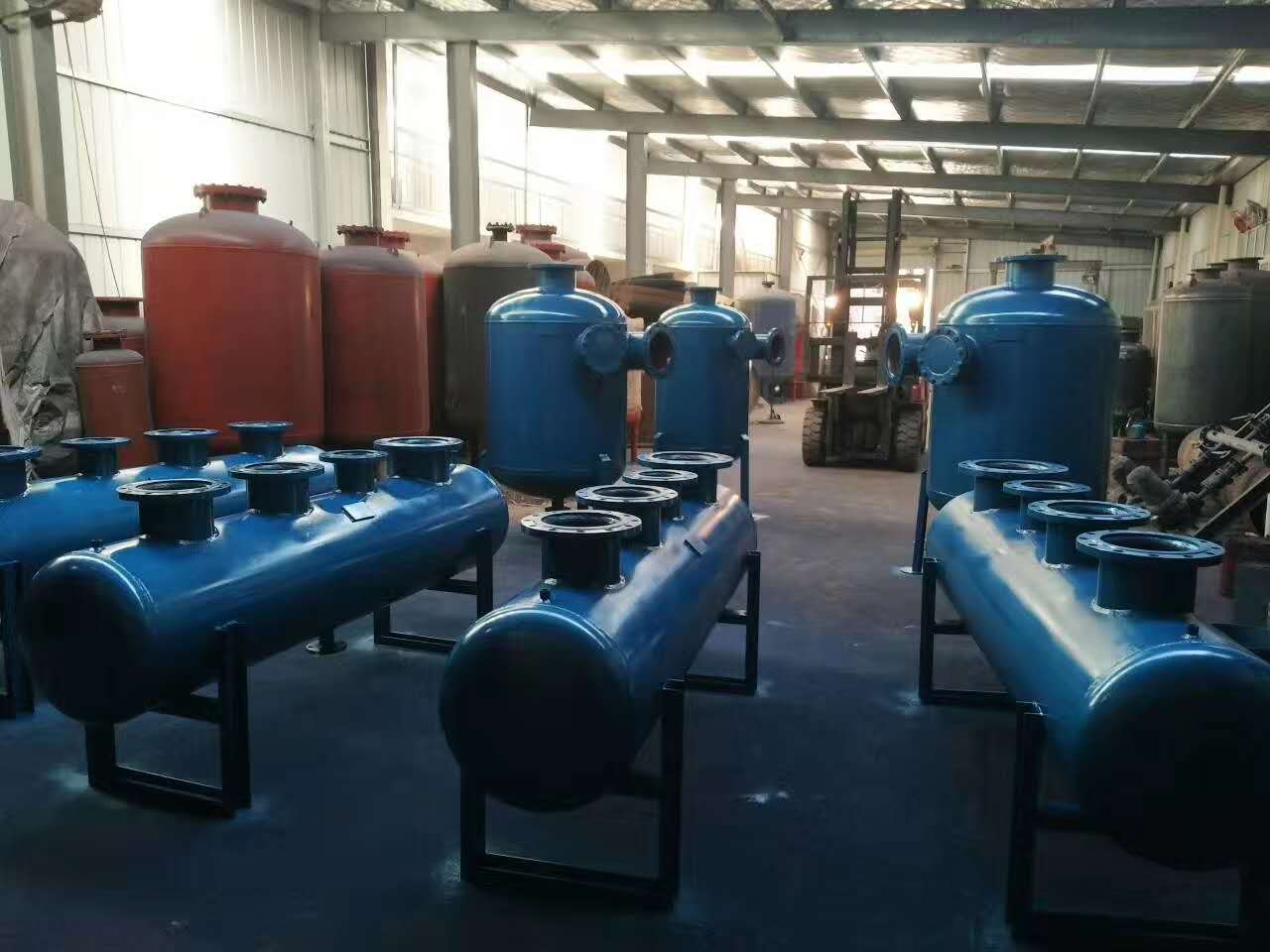 山西集分水器生產廠家 集分水器設備 水地暖集分水器