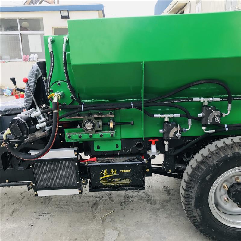 三轮车自走式撒粪车生产