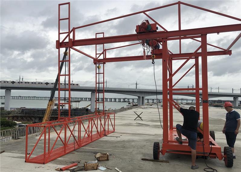 桥上的防撞护栏安装设备