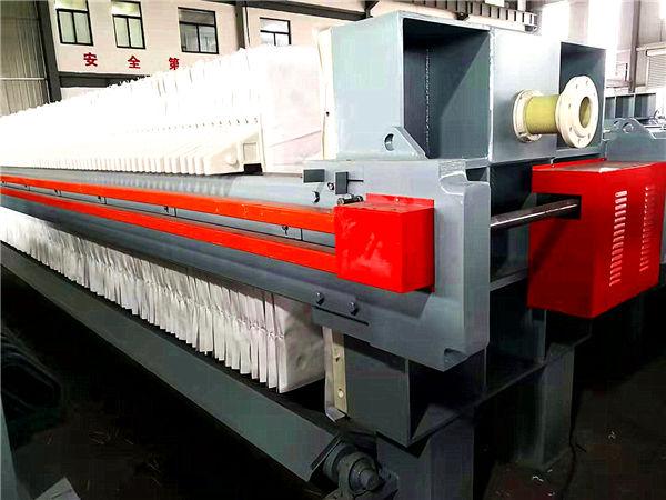 自動壓濾機?,150平方隔膜壓濾機紡織印染污泥水過濾分離河南廠家二次氣壓水壓壓榨
