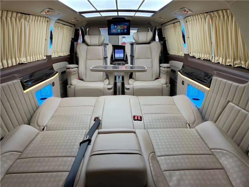 南京奔驰商务车改装房车