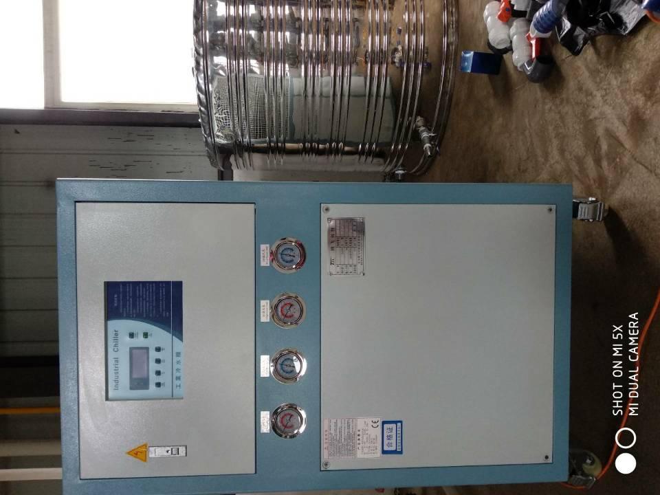 上饶台架式冷水机组供应商