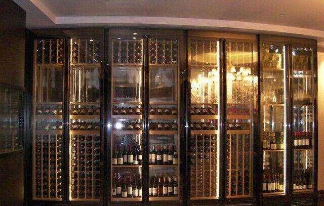 苏州不锈钢酒柜