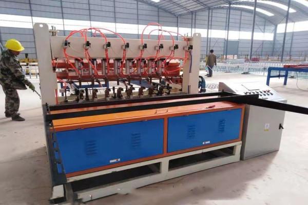 内蒙古钢筋焊网机