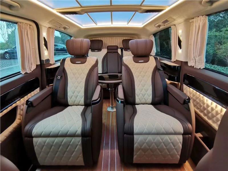 南京奔驰商务车改装实木地板印花地板