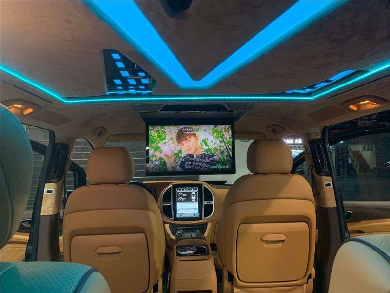 上海奔驰v220内饰改装全车包覆真皮