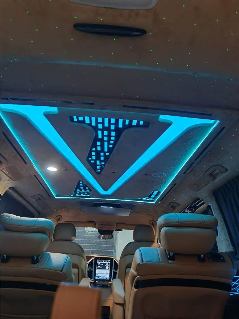 南京奔驰唯雅诺内饰改装升级豪华航空座椅