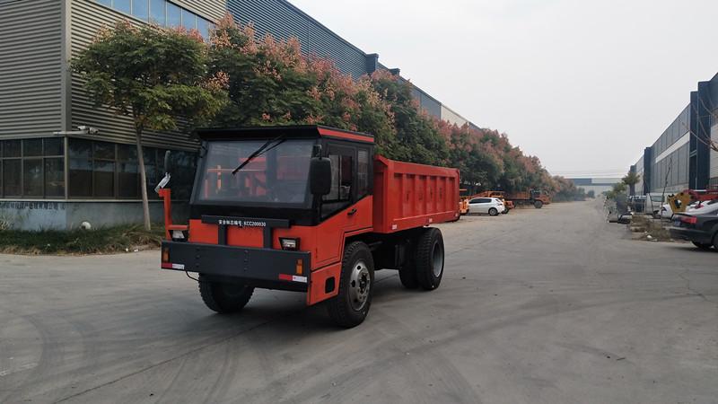 30吨四驱四不像矿山拉渣车