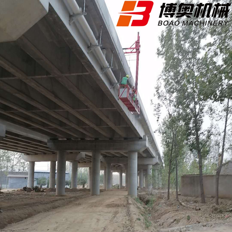 高架桥排水管施工车