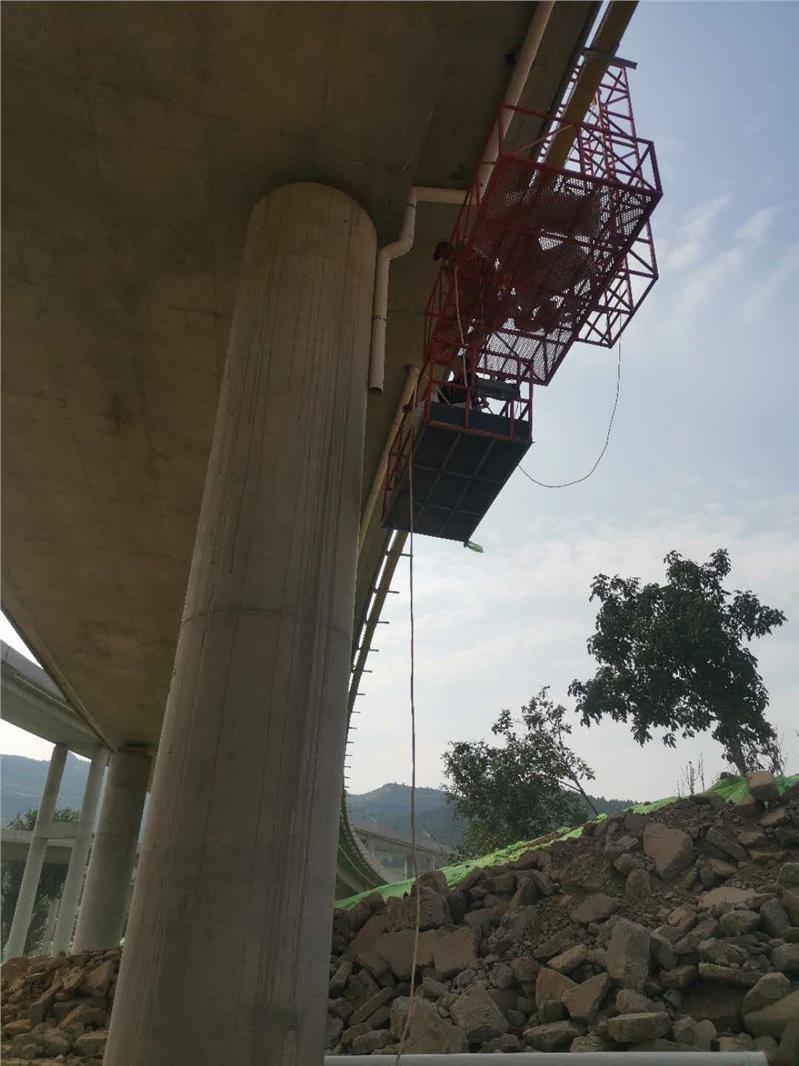 桥梁涂装施工车