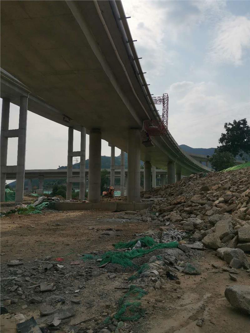 广东桥梁排水管安装设备