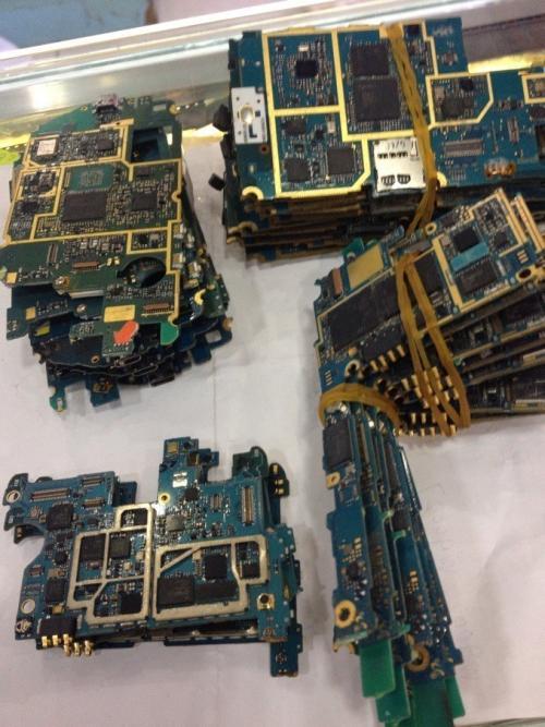 黃浦**回收手機電話 破爛手機回收價格