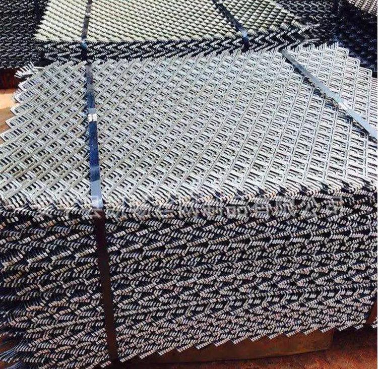 河北裸边钢笆网片生产厂家