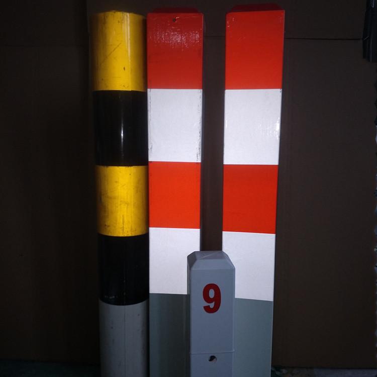 路边防护柱-地埋路口玻璃钢道口警示桩生产厂家-反光膜级别可选择