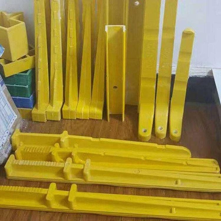 组合式玻璃钢电缆支架-安装