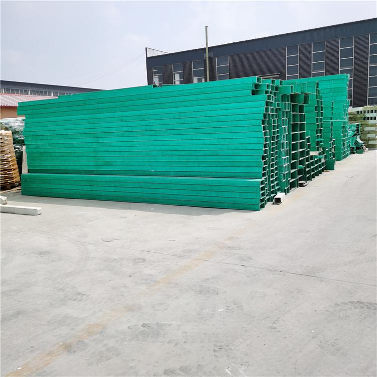 模压玻璃钢管箱供应 防火阻燃耐腐蚀 玻璃钢电缆槽盒