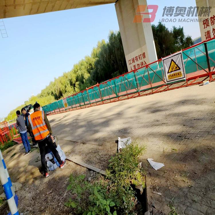 大连附近的桥梁施工吊篮