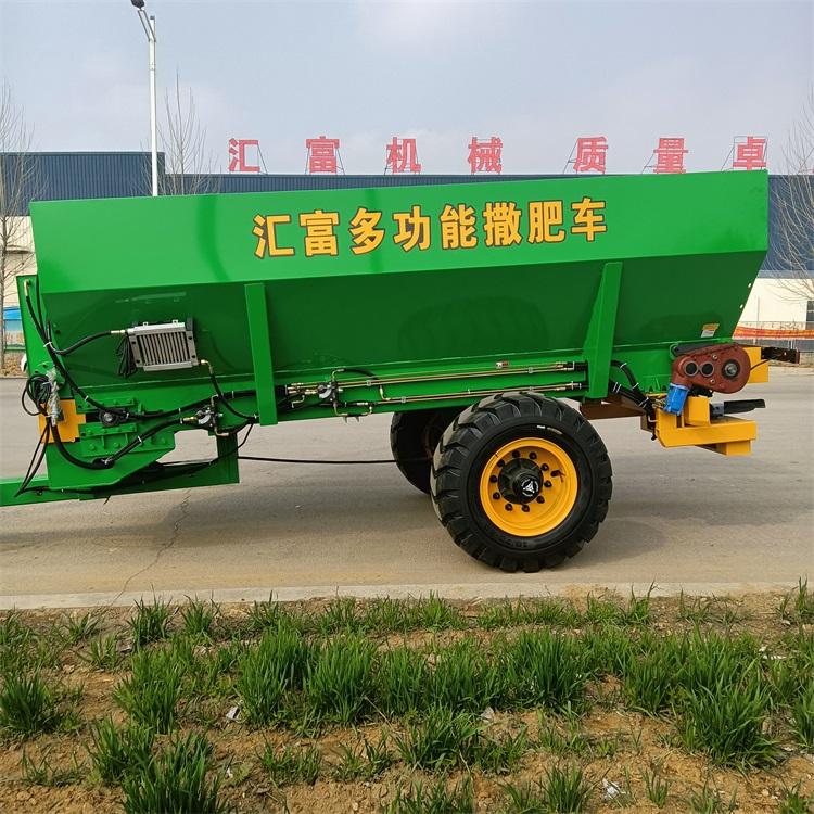 大型施肥机图片