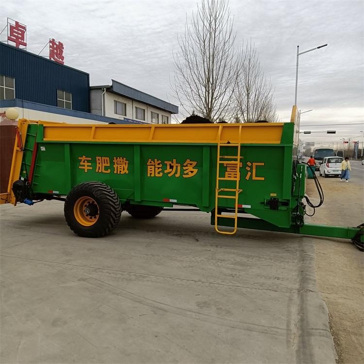 农家肥撒粪车图片