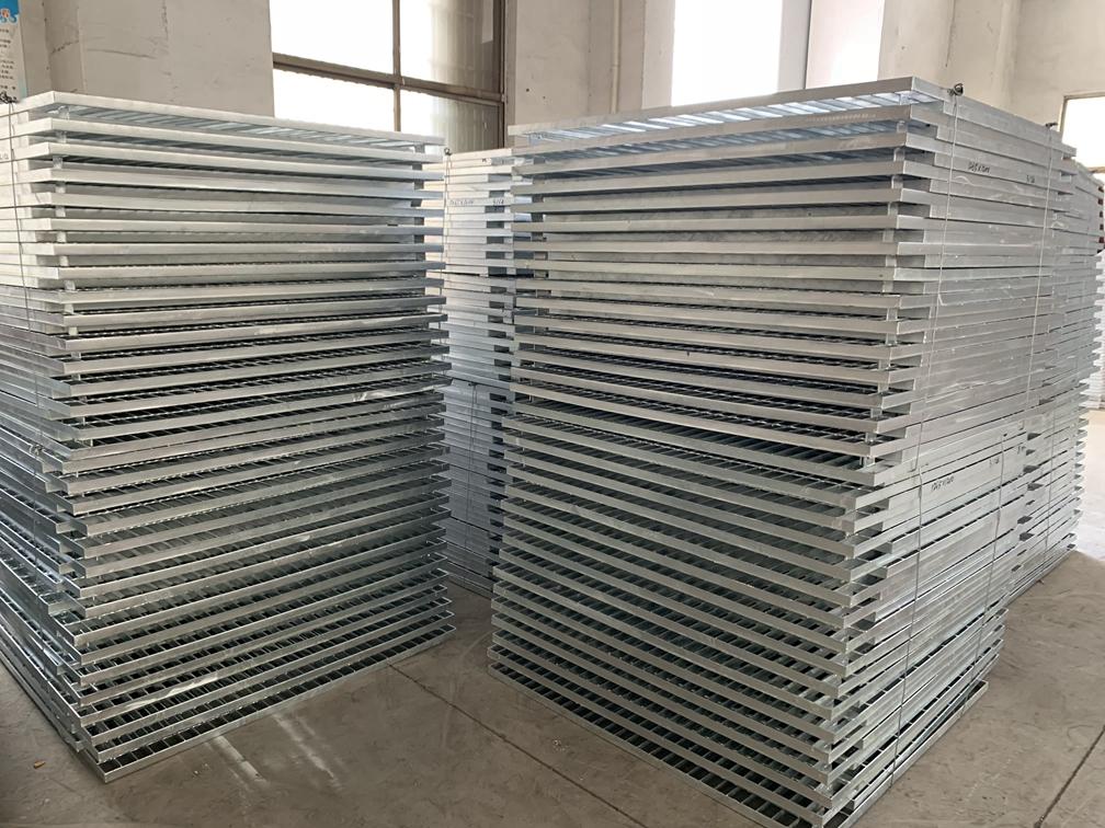 天津不锈钢钢格栅板厂家