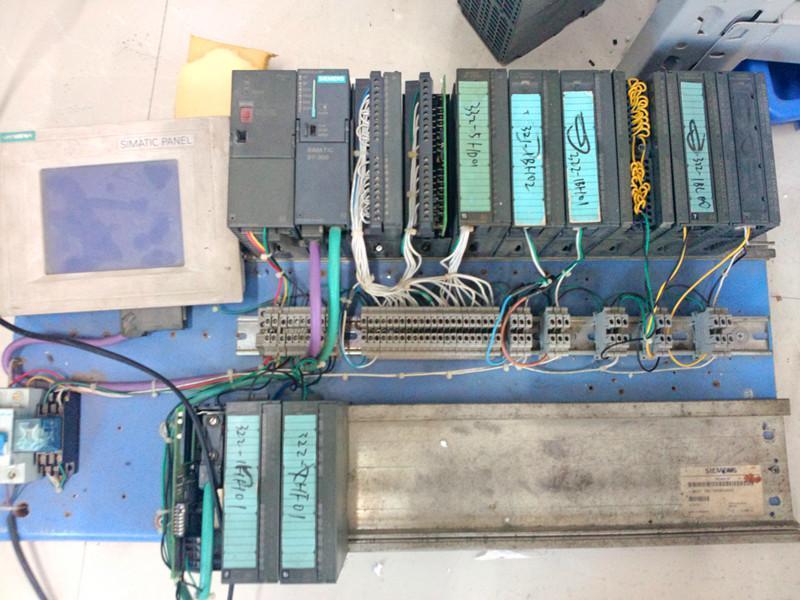 西门子S7-200SMARTEMDR16模块8x24VDC输入/输出