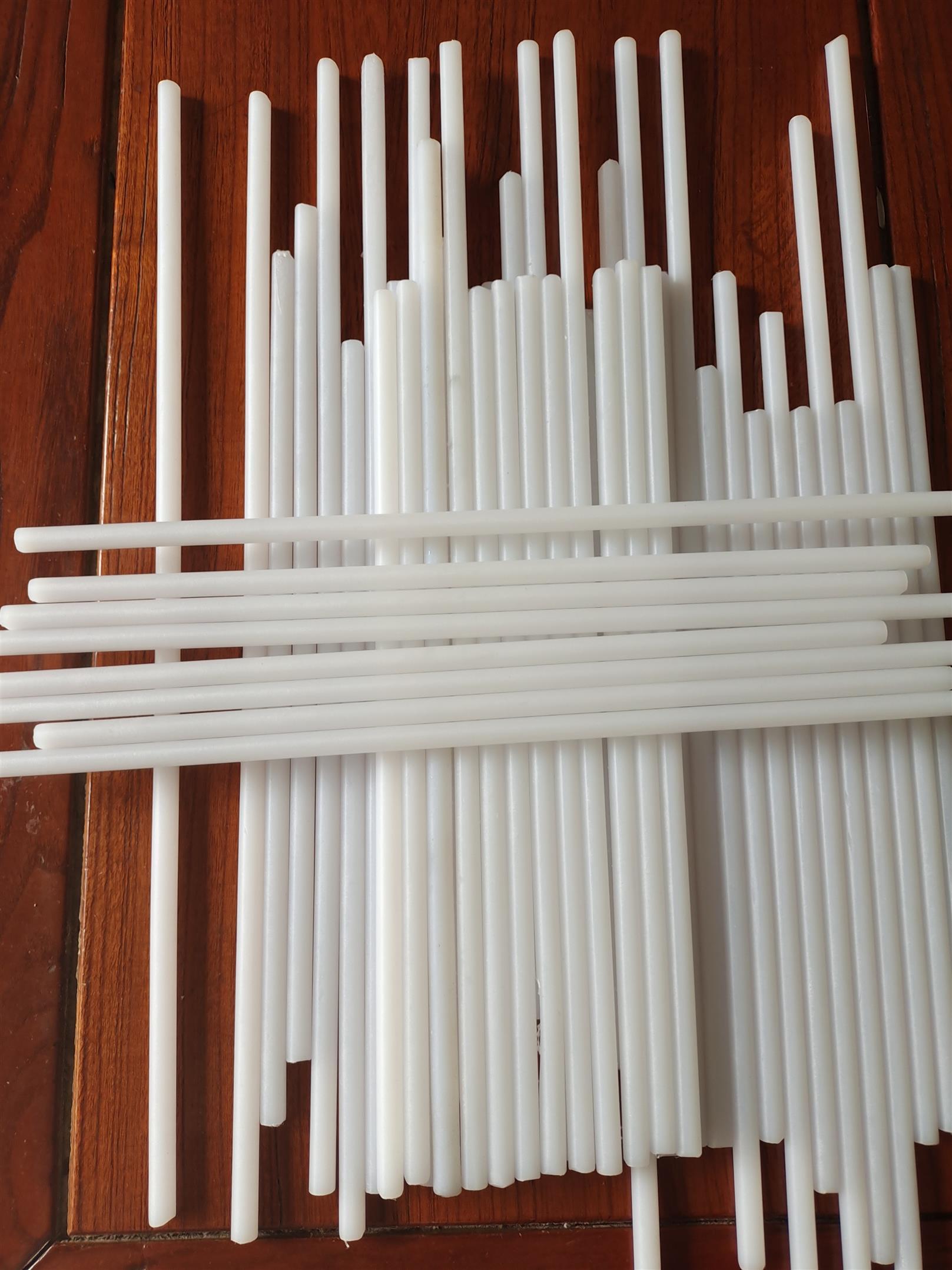 蘭州白色半透明PFA模壓棒報價 可溶性聚四氟乙烯棒