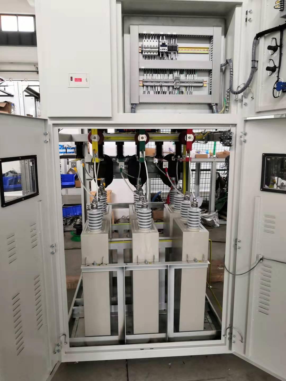高壓并聯無功補償電容柜、濾波柜、高壓電力電容器;