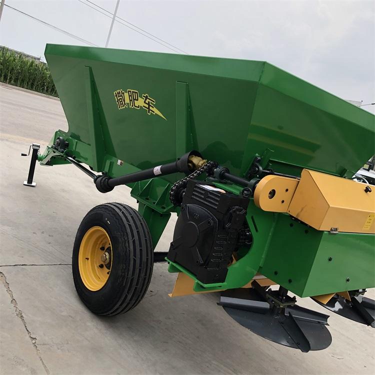 农场撒肥机